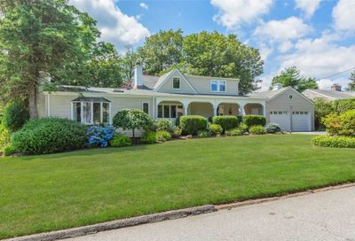 129 W Waterview Street Northport NY 11768