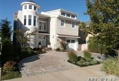 131 Bayside Drive Point Lookout NY 11569