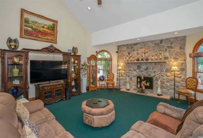15 Teal Crescent Great River NY 11739