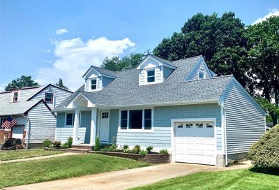 2607 Falcon East Meadow NY 11554