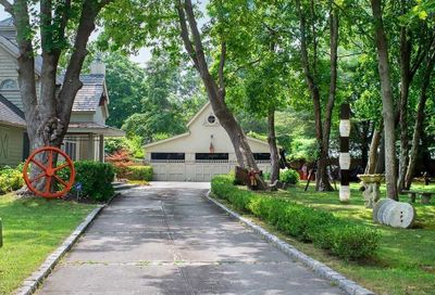 6 Moriches Avenue East Moriches NY 11940