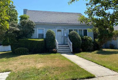 2191 Washington Street Merrick NY 11566