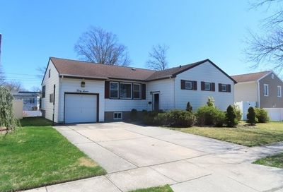 37 Southgate Road S Valley Stream NY 11581