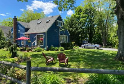 39 Bedell Place Amityville NY 11701