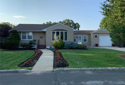 15 Smith Street Deer Park NY 11729