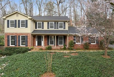 4276 Exeter Close NW Atlanta GA 30327