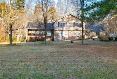 2937 Hog Mountain Road Dacula GA 30019