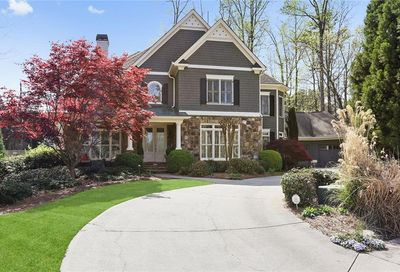 4154 Chimney Heights Roswell GA 30075