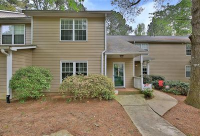 4475 Pineridge Circle Dunwoody GA 30338
