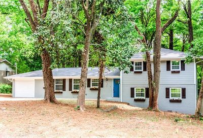 3021 Pleasant Valley Drive Doraville GA 30340