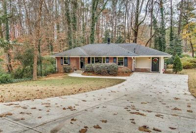 1850 NE Fern Creek Lane NE Atlanta GA 30329