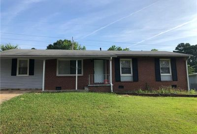 822 Cone Road Forest Park GA 30297