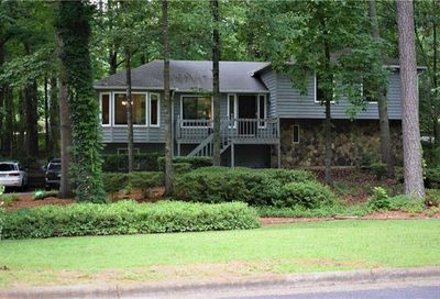 275 Wickerberry Hollow NW Roswell GA 30075