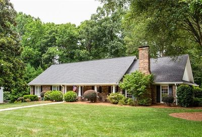 11605 Mountain Laurel Drive Roswell GA 30075
