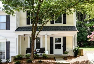 2006 Queen Anne Court Sandy Springs GA 30350
