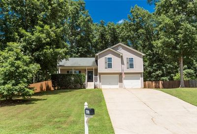 2032 Emerald Pointe Drive Winder GA 30680