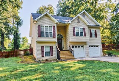 4926 Red Oak Drive Gainesville GA 30506