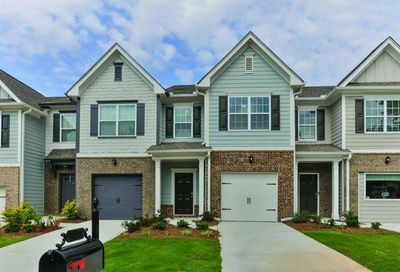 30 Chastain Circle Newnan GA 30263