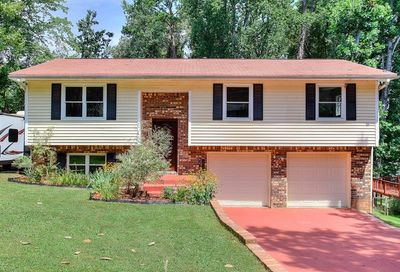 1476 Indian Forest Trail Stone Mountain GA 30083