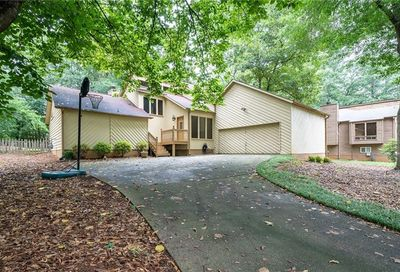 311 New Crossing Trail E Kennesaw GA 30144