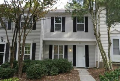 2004 Queen Anne Court Sandy Springs GA 30350