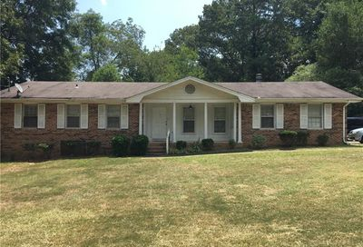 5498 Five Forks Trickum Rd Road SW Stone Mountain GA 30087