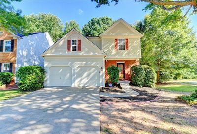 6060 Foxberry Lane Roswell GA 30075