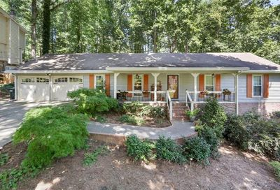 4635 Mountain Creek Drive Roswell GA 30075