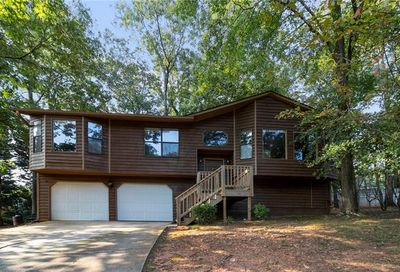 5439 Redwood Court Stone Mountain GA 30087