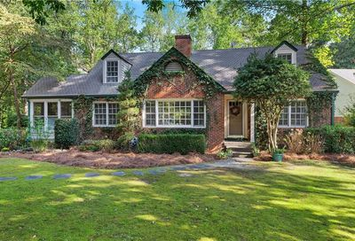 1640 Shadow Court Dunwoody GA 30338