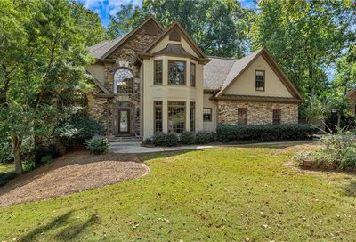 175 E Meadows Court Johns Creek GA 30005
