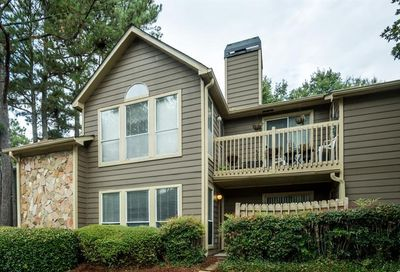 4009 Canyon Point Circle Roswell GA 30076