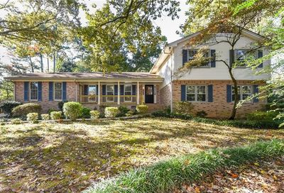 1137 Bordeau Court Dunwoody GA 30338