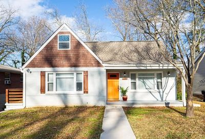 1323 Clermont Avenue East Point GA 30344