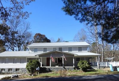 218 College Street Blue Ridge GA 30513
