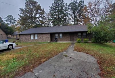 1631 Pinedale Circle NW Conyers GA 30012