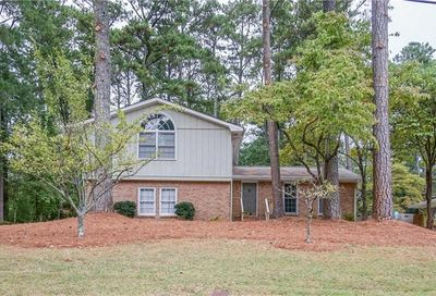 4566 Mountain Creek Drive NE Roswell GA 30075