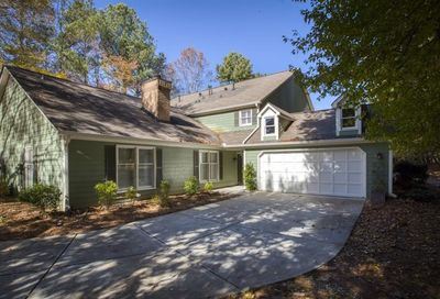 144 Great Oaks Lane Roswell GA 30075