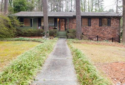 2000 Fairway Circle NE Brookhaven GA 30319