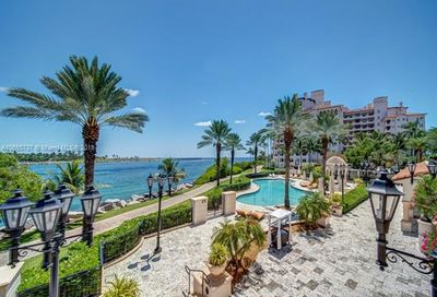 7122 Fisher Island Dr Fisher Island FL 33109