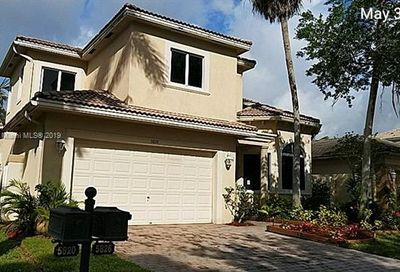 5826 NW 123rd Ave Coral Springs FL 33076