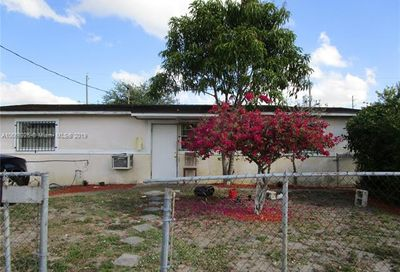 2015-2017-2019 NW 28th St Oakland Park FL 33311