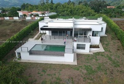 Pereira Colombia Other County - Not In Usa FL 00000