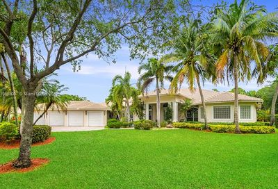 7537 NW 47th Dr Coral Springs FL 33067