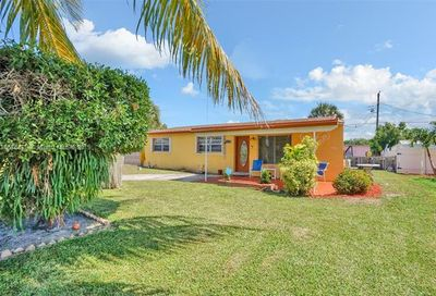 2740 NW 25th St Fort Lauderdale FL 33311