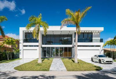 3181 NE 165th St North Miami Beach FL 33160