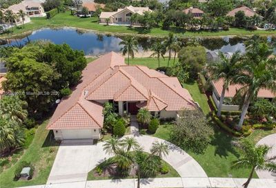 530 Coconut Circle Weston FL 33326