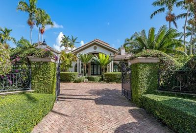 11025 SW 62nd Ave Pinecrest FL 33156