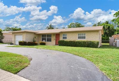 6619 Pebble Bch North Lauderdale FL 33068