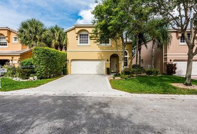 11311 NW 49th Dr Coral Springs FL 33076